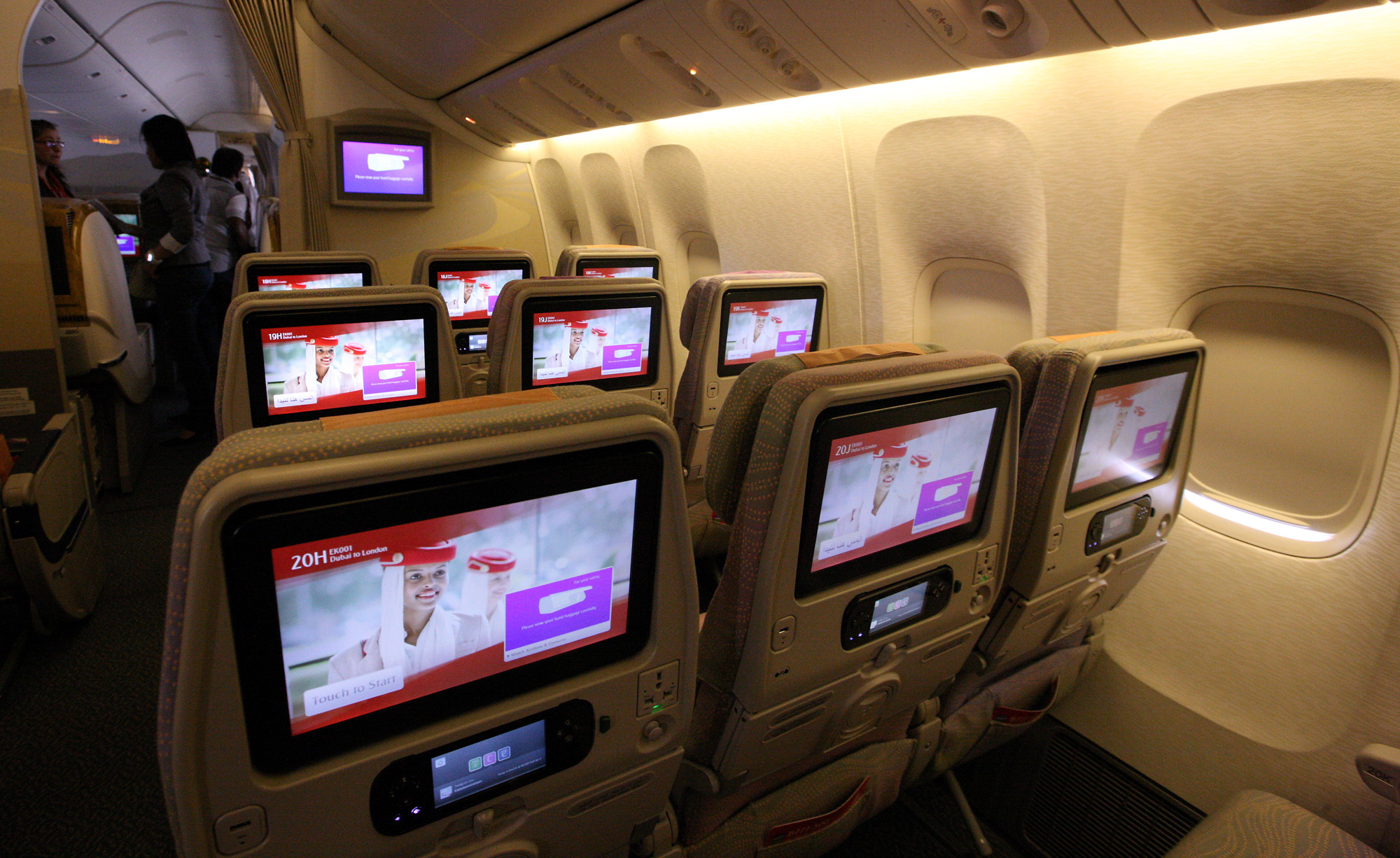 Emirates Announces Wide Television Screens Onboard
